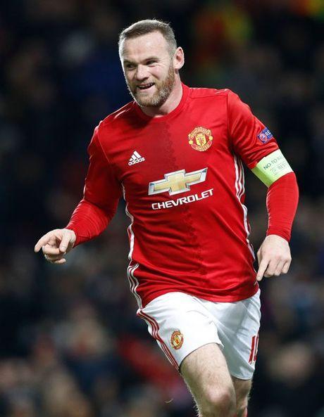 5 diem nhan M.U - Feyenoord: Rooney chua bao gio dung lai - Anh 1