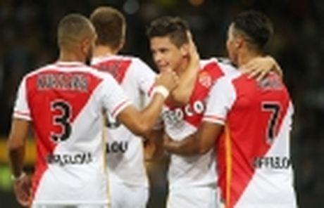 Lyon cu nguoi theo sat sao tre Chelsea - Anh 3