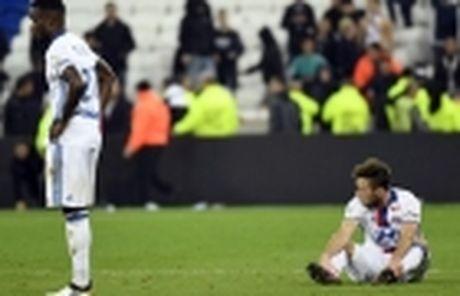 Lyon cu nguoi theo sat sao tre Chelsea - Anh 5