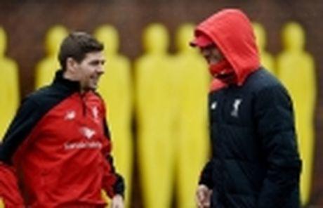 Anderson 'da deu' Gerrard: 'Toi 4 lan vo dich NHA cung M.U' - Anh 2