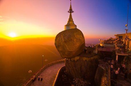 Nhung ngoi chua co noi tieng nhat Myanmar - Anh 2