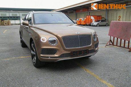 SUV nhanh nhat the gioi - Bentley Bentayga 'dinh an' trieu hoi - Anh 3