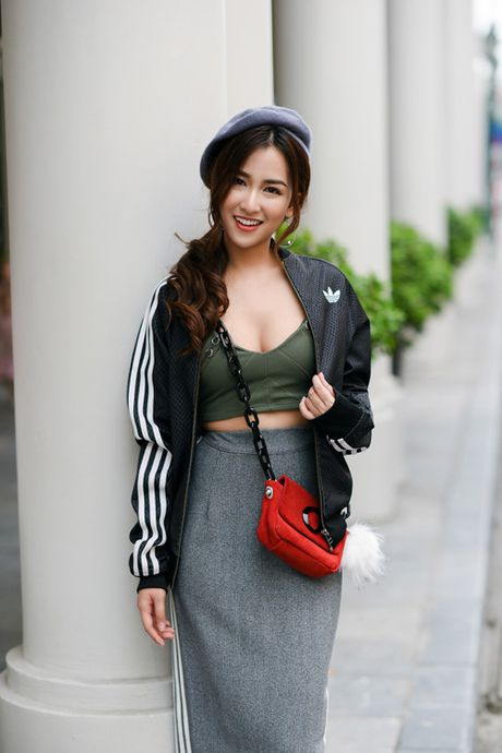 DJ Trang Moon khoe street style nang dong - Anh 1