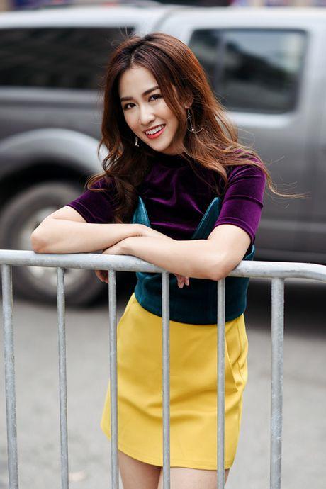 DJ Trang Moon khoe street style nang dong - Anh 6
