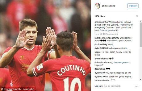 Dong doi va doi thu dong loat tri an huyen thoai Liverpool - Anh 9