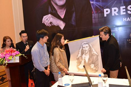 Thomas Anders noi ly do Modern Talking chi con lai mot nua - Anh 4