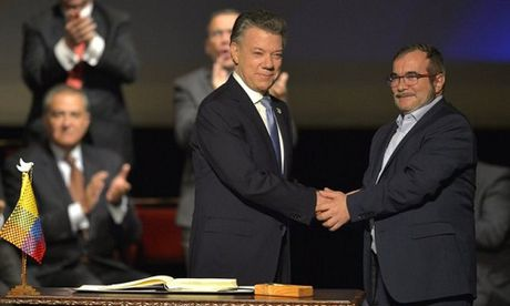 Chinh phu Colombia chinh thuc ky lai thoa thuan hoa binh voi FARC - Anh 1