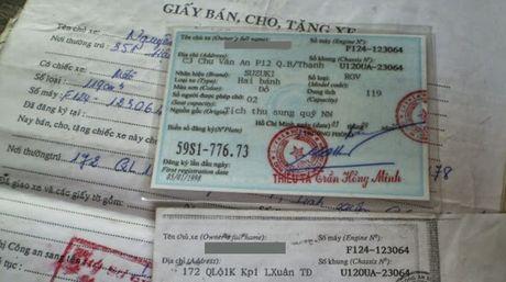 Di chuyen bang xe nguoi quen co bi phat loi xe khong chinh chu? - Anh 2