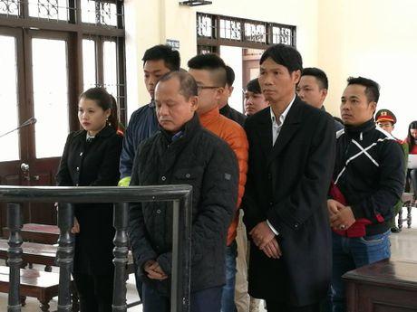 Xu Minh 'Sam' va dong bon: Luat su cua 'ong trum' vang mat - Anh 1