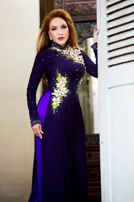 Danh ca Thanh Ha dam chat Viet trong ta ao dai - Anh 4