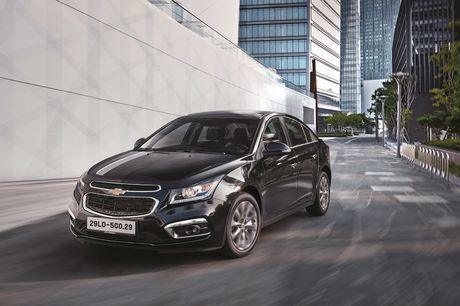 Chevrolet Cruze ban nang cap chinh thuc 'chao' thi truong Viet, gia tu 589 trieu dong - Anh 1