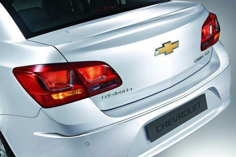 Chevrolet Cruze ban nang cap chinh thuc 'chao' thi truong Viet, gia tu 589 trieu dong - Anh 3