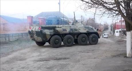 An ninh Nga tan cong tieu diet cha con trum khung bo - Anh 1