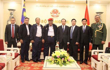 Thu truong Le Quy Vuong tiep Tong giam doc Co quan thuc thi phap luat Hang hai Malaysia - Anh 2