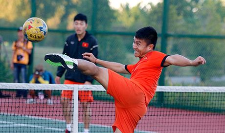 Xuan Truong, Ngoc Hai trinh dien ky thuat o san tennis - Anh 9