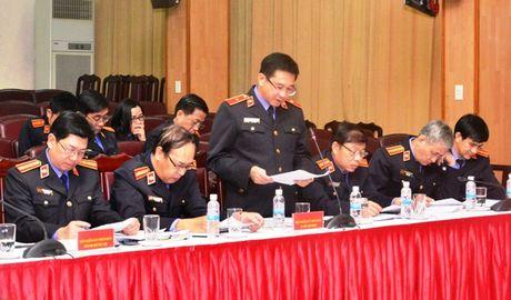 Lanh dao VKSNDTC nghe cac VKSND cap cao, VKSND T.P Ha Noi va VKSND TP. Ho Chi Minh bao cao ket qua cong tac nam 2016 - Anh 3