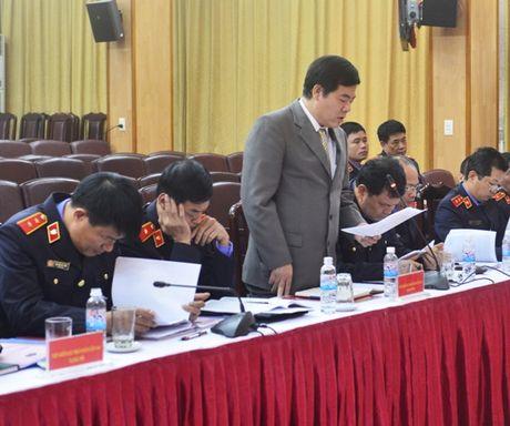 Lanh dao VKSNDTC nghe cac VKSND cap cao, VKSND T.P Ha Noi va VKSND TP. Ho Chi Minh bao cao ket qua cong tac nam 2016 - Anh 5