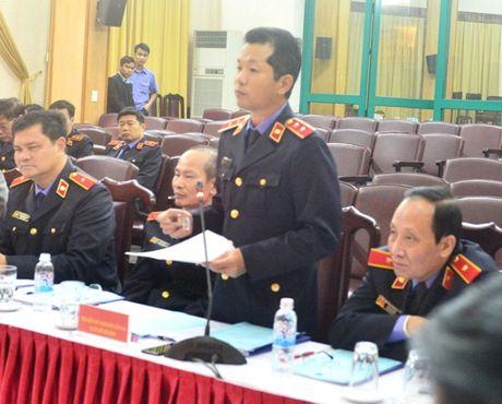 Lanh dao VKSNDTC nghe cac VKSND cap cao, VKSND T.P Ha Noi va VKSND TP. Ho Chi Minh bao cao ket qua cong tac nam 2016 - Anh 6