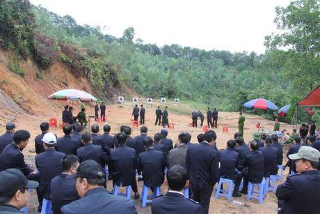 Hai quan Quang Ninh trang bi ky nang su dung vu khi quan dung cho luc luong kiem soat - Anh 1