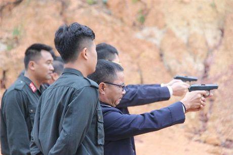Hai quan Quang Ninh trang bi ky nang su dung vu khi quan dung cho luc luong kiem soat - Anh 2