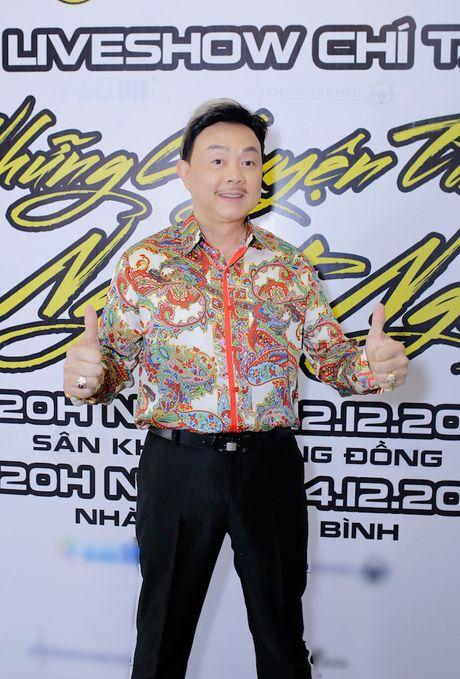 Hoai Linh tiet lo phai uong thuoc ngu moi khi chung phong voi Chi Tai - Anh 1
