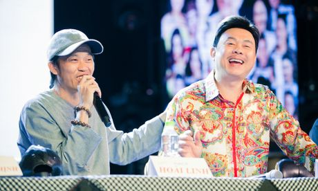 Hoai Linh tiet lo phai uong thuoc ngu moi khi chung phong voi Chi Tai - Anh 6