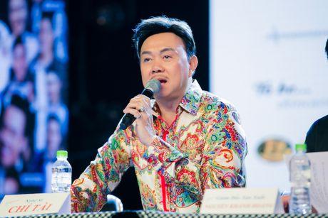 Hoai Linh tiet lo phai uong thuoc ngu moi khi chung phong voi Chi Tai - Anh 8