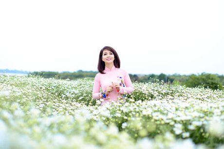 Mai Thu Huyen dep diu dang cung cuc hoa mi - Anh 2