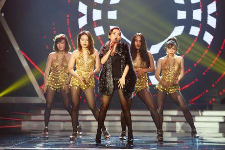Bui Anh Tuan khoe hit moi tren san khau 'Khoi dau uoc mo –Dream High' - Anh 1