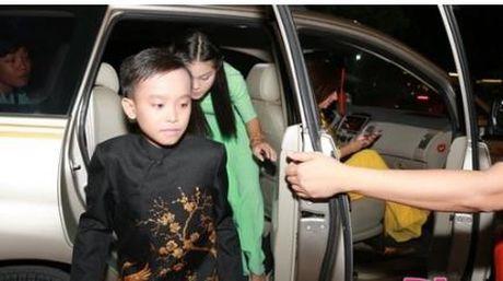 Cuoc song kho ngo cua Phuong My Chi va Ho Van Cuong khi lam con Quang Le, Phi Nhung - Anh 6