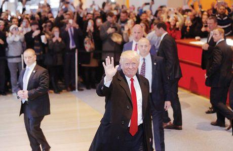 Ong Trump - Tong thong it 'duoc long' cu tri thieu so nhat trong 40 nam - Anh 1