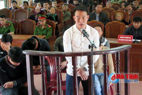 Xu 6 trai lang danh bac voi tong muc an 50 thang tu - Anh 1