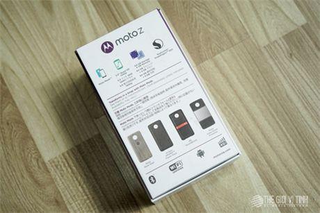 Can canh Motorola Moto Z tai Viet Nam - Anh 2