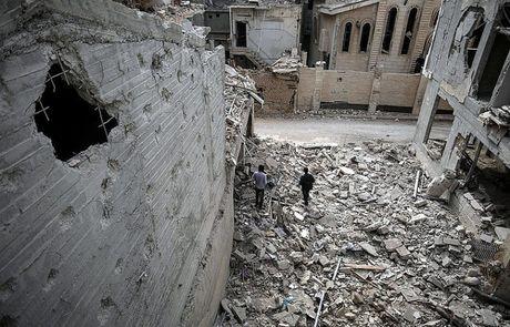 Chien su Aleppo: Quan thanh chien dung vu khi hoa hoc tan cong dan thuong - Anh 1