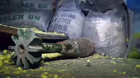 Chien su Aleppo: Quan thanh chien dung vu khi hoa hoc tan cong dan thuong - Anh 3