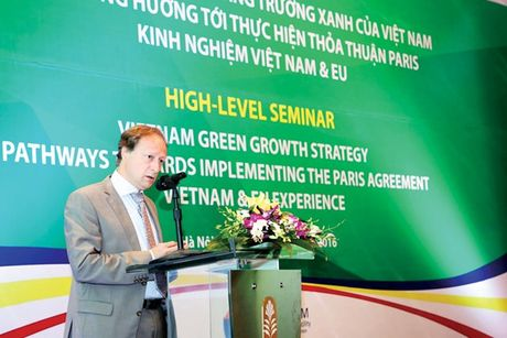 Viet Nam - EU: Dong hanh tren con duong tang truong xanh - Anh 1