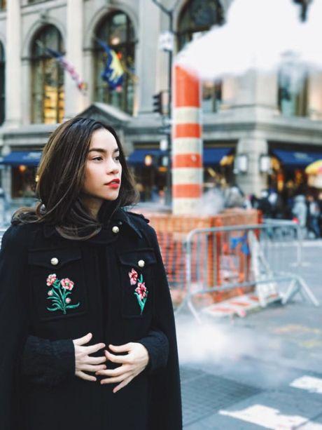 Ho Ngoc Ha om 'dai gia kim cuong' tren duong pho New York - Anh 6