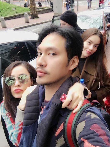 Ho Ngoc Ha om 'dai gia kim cuong' tren duong pho New York - Anh 8