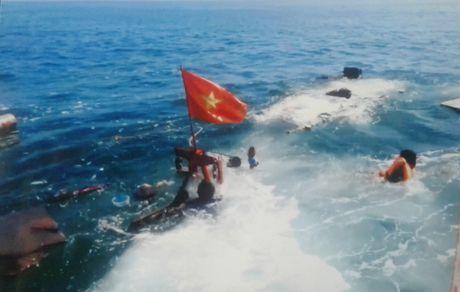 Thanh Hoa: Cong an vao cuoc dieu tra vu tau Thanh tra va cham voi tau ngu dan - Anh 2