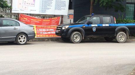 Luc luong CSGT, TTGT huyen Thuong Tin noi gi ve vu xe qua tai tung hoanh tinh lo 427? - Anh 2