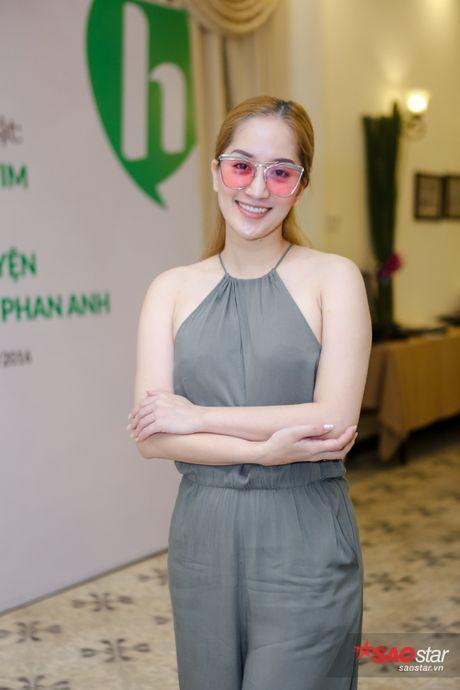 Chi Bao: 'Nhin Phan Anh moi thay lam nguoi noi tieng kho lam' - Anh 10