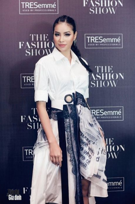 NTK Vo Cong Khanh: 'Thoi trang Viet Nam hien tai la noi lau thap cam nhieu huong vi nhung chua chin' - Anh 3