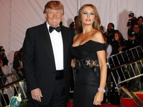 Bao ve gia dinh ong Donald Trump: Qua ton va qua roi! - Anh 2