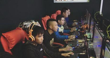 Thich choi troi, nhung quan net nay phuc vu thuc don 'sang chanh' cho game thu - Anh 2