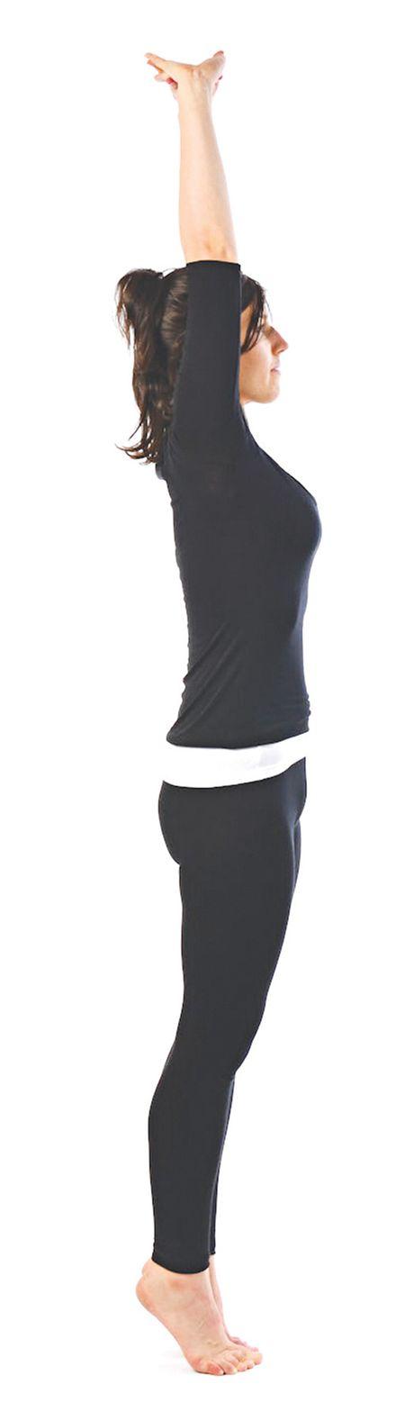 Tu the yoga cho dan van phong (P1) - Anh 3