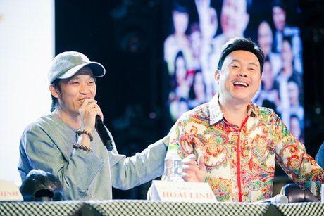 Hoai Linh phai uong thuoc ngu suot 4 nam vi Chi Tai - Anh 2