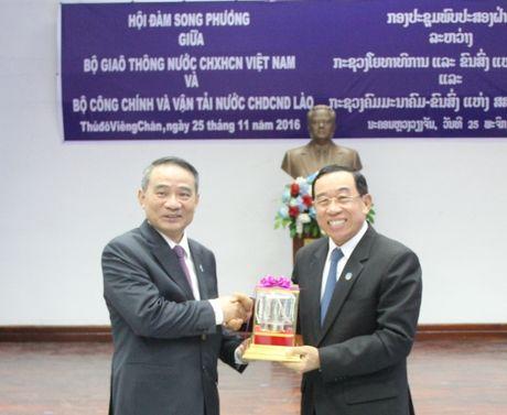 Bo truong Truong Quang Nghia hoi dam voi Bo truong CC&VT Lao - Anh 2