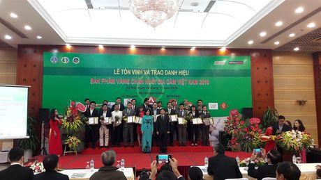 'San pham Vang chan nuoi gia cam Viet Nam' vinh danh 32 san pham - Anh 2
