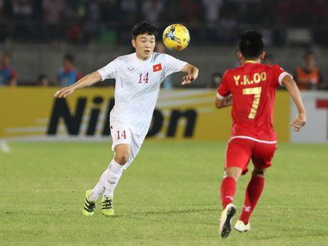 BLV Vu Quang Huy: De Cong Phuong da chinh, cau ay thui chot ngay - Anh 2