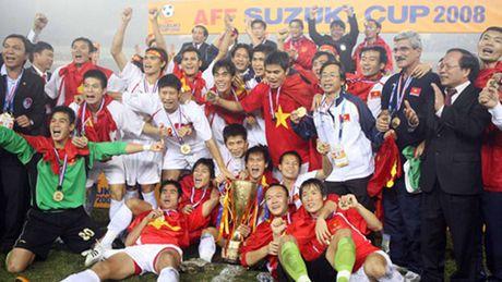CAP NHAT tin toi 25/11: Van Quyet ngai 'Messi Campuchia'. James Rodriguez quyet roi Real - Anh 1